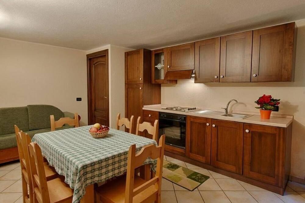 Eenvoudig appartement, 1 slaapkamer - Woonruimte