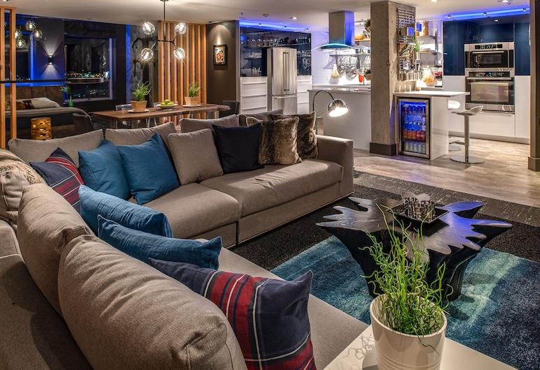 Spectacular Designer Loft Dtown Halifax, Halifax, Executive Condo, Living Area