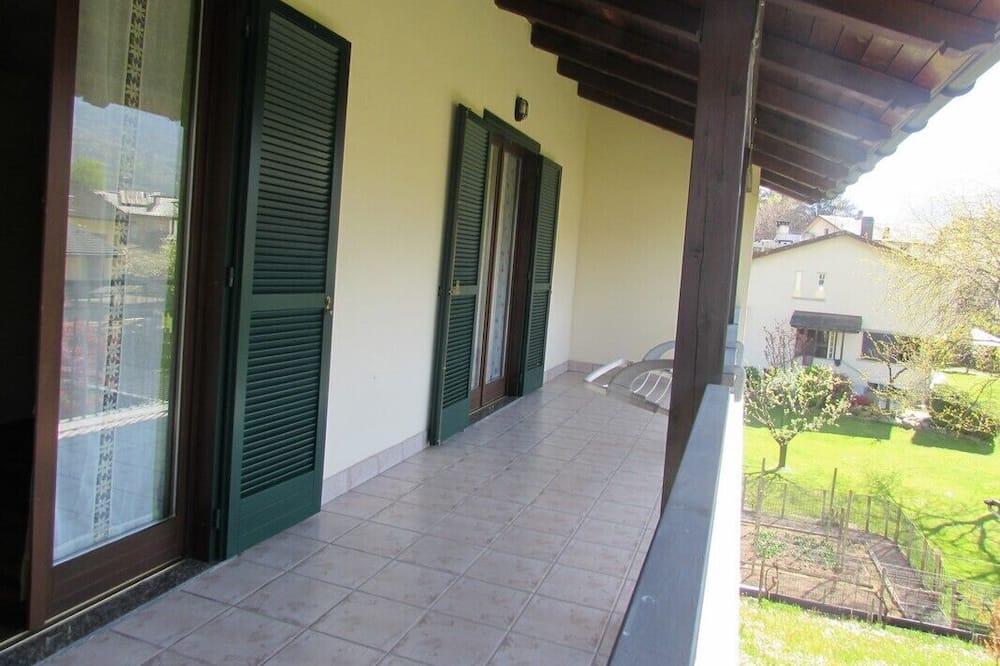 Habitación triple, baño compartido (Sofia) - Balcón