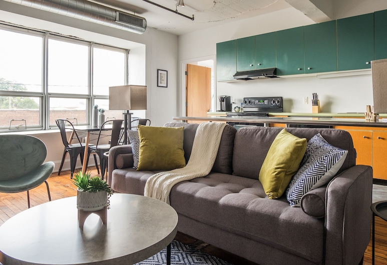 Industrial Loft Apartments, Pittsburgh, Classic Apartment, 2 Bedrooms, Non Smoking, Living Room