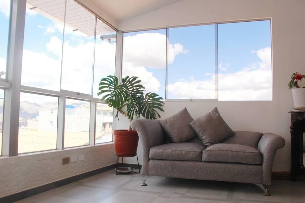 Comfort Double Room, Shared Bathroom - Living Area