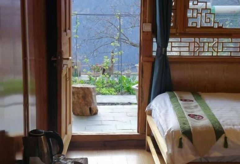 Ancient Road Youth Hostel, Deqin, Standard-Zweibettzimmer, eigenes Bad, Zimmer