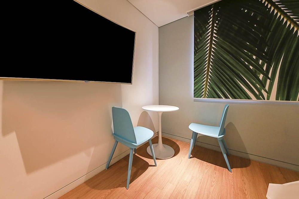 Deluxe-huone (Breakfast available on weekday only) - Ruokailu omassa huoneessa