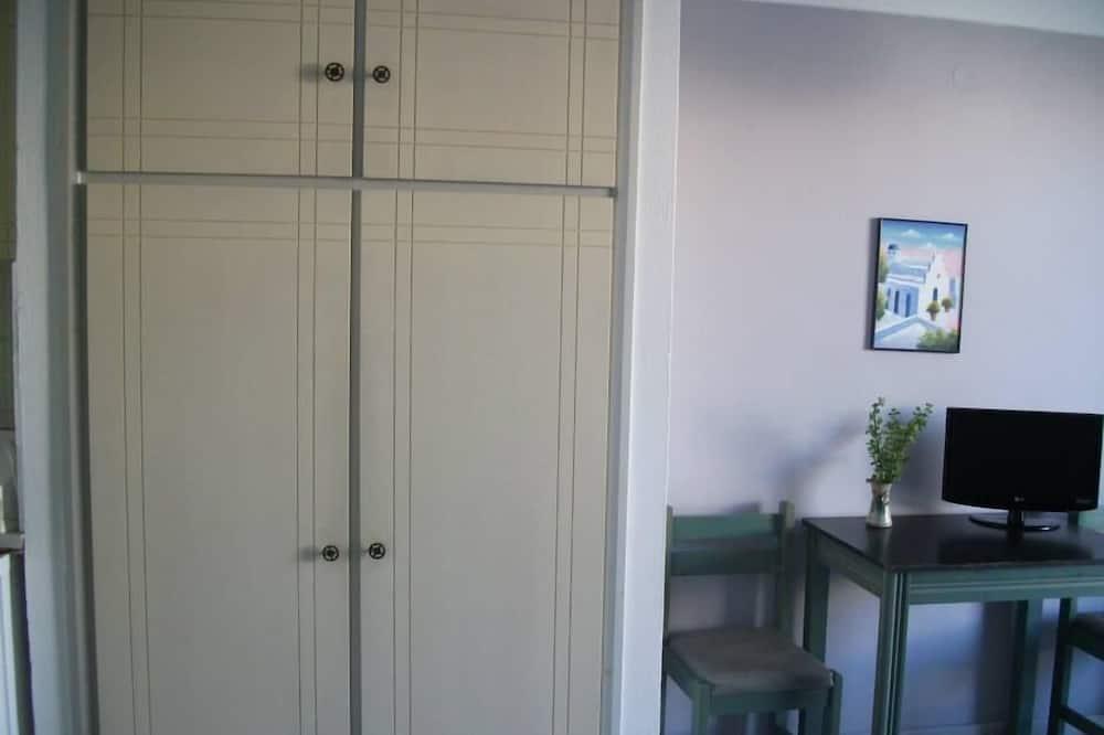 Basic-Zweibettzimmer - Wohnbereich