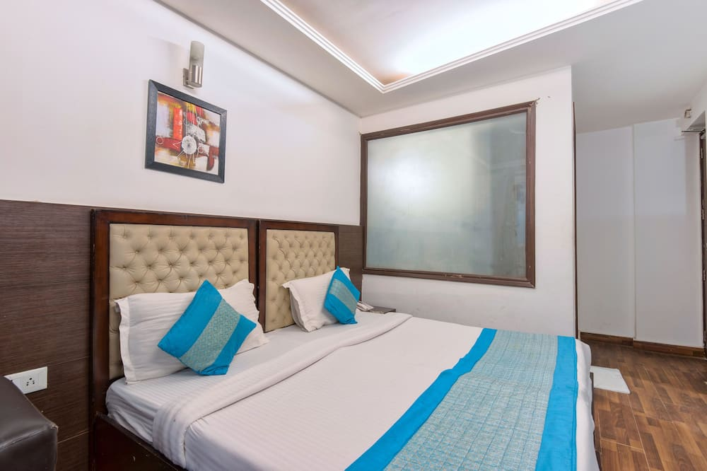 Economy Double or Twin Room - Living Area