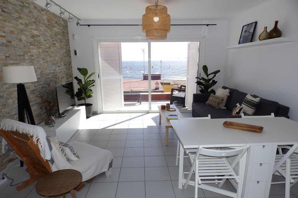 Dzīvokļnumurs, divas guļamistabas, terase, skats uz jūru - Dzīvojamā istaba