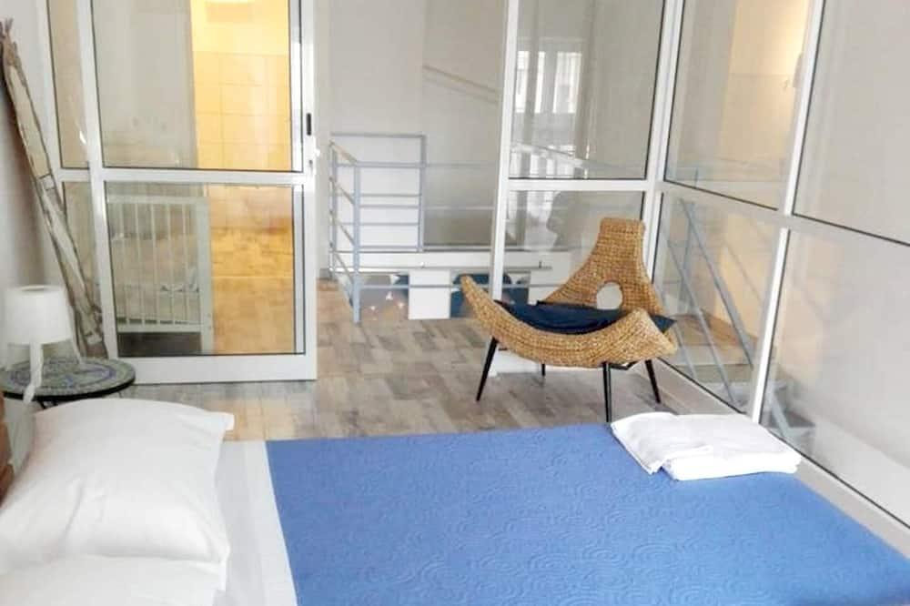 Apartment, City View - Bilik
