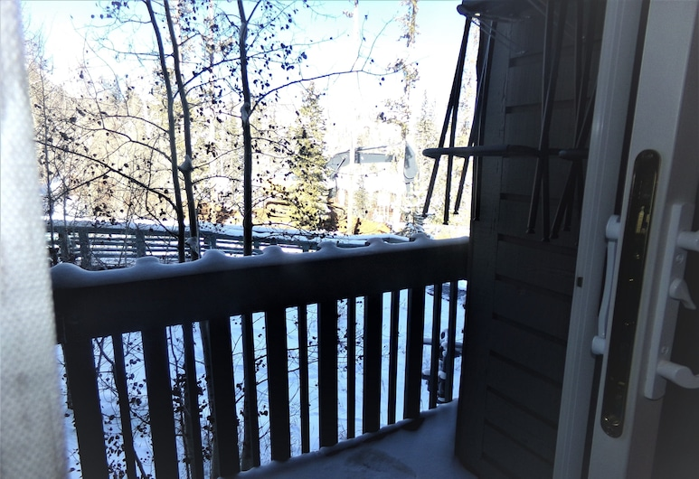Three House 2 Bed 2 Bath THWC, Silverthorne, Condo, Terrace/Patio