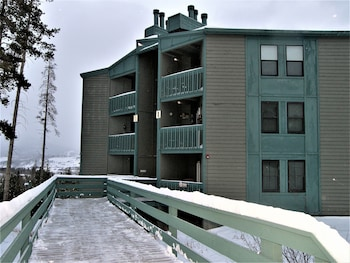 Picture of Three House 2 Bed 2 Bath THWC in Silverthorne