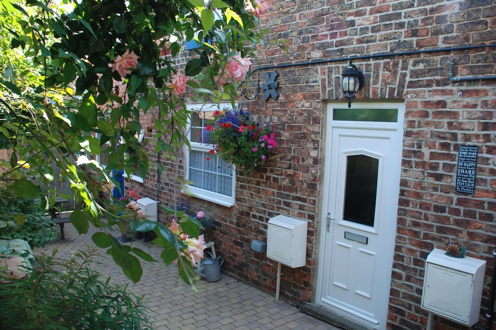 Saltburn Holidays Bluebell Cottage, Guisborough
