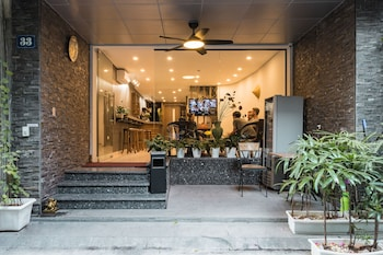 Picture of Narcissus Hotel and Apartment in Hanoi
