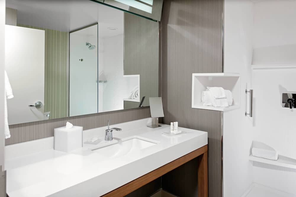 Chambre Ville, 2 grands lits, non-fumeurs, vue ville - Salle de bain