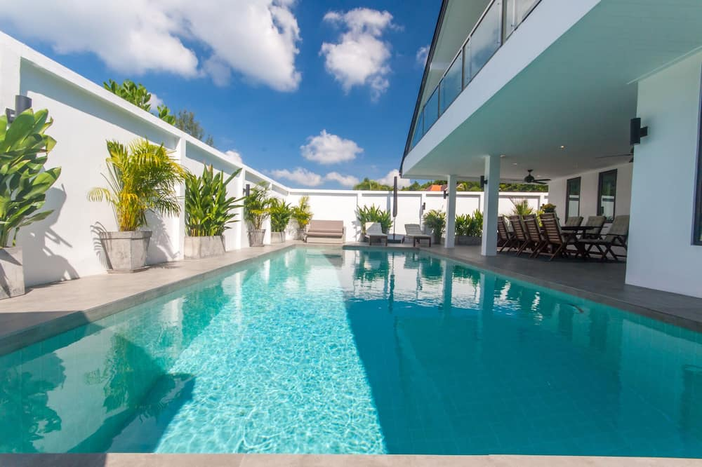 Seaview Pool Villa 3BR - Monkey Villa
