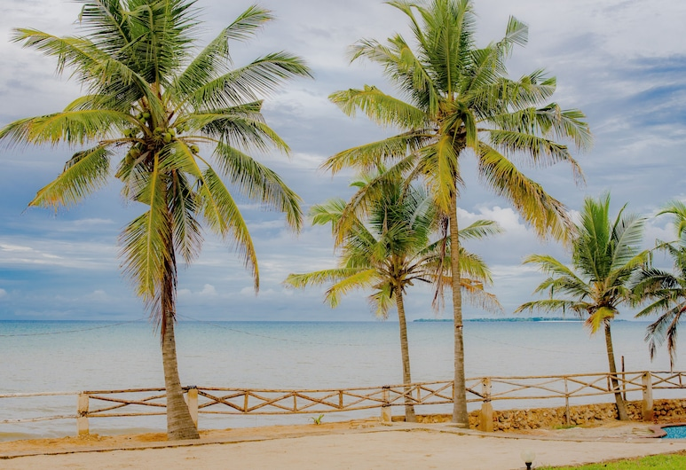 Bahari Beach Castle Lodge, Dar es Salaam, Plage