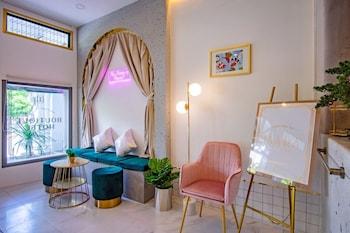 Gambar Isara Boutique Hotel and Cafe di Phuket