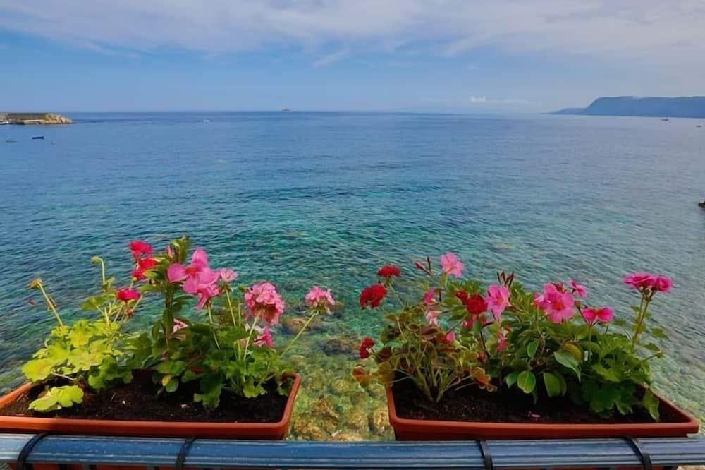 Deluxe Room, Balcony, Sea View - Beach/Ocean View