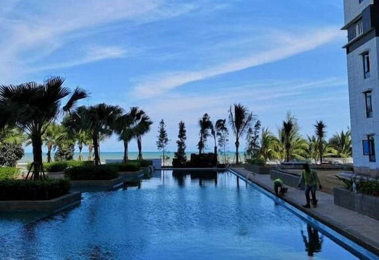 TimurBay Beach Resort By SubHome, Kuantan, Infinity Pool
