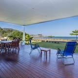 House, 5 Bedrooms, Beachside - Terrace/Patio