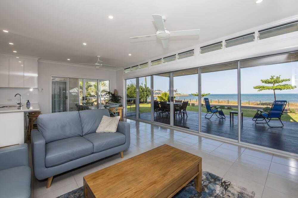 House, 5 Bedrooms, Beachside - Living Room