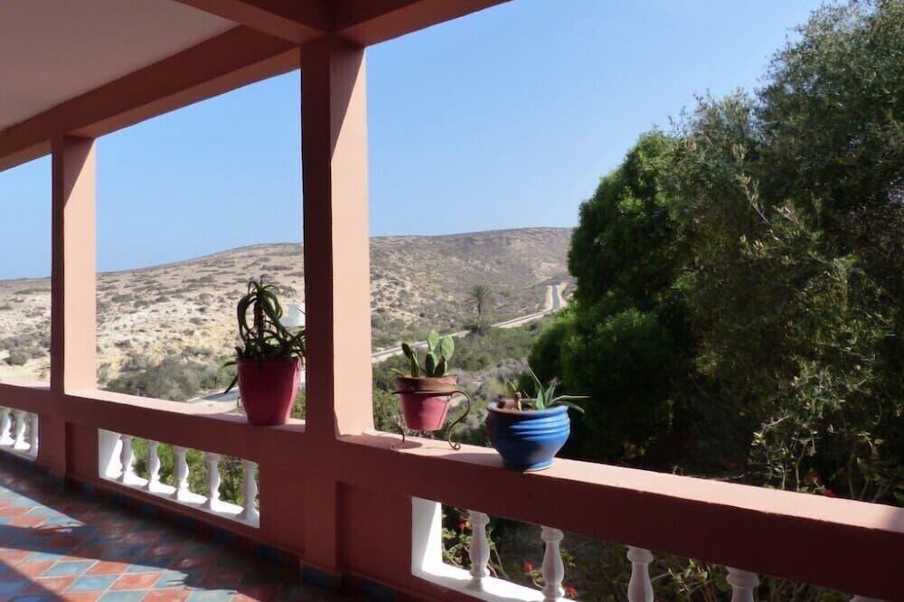 منظر من الشرفة