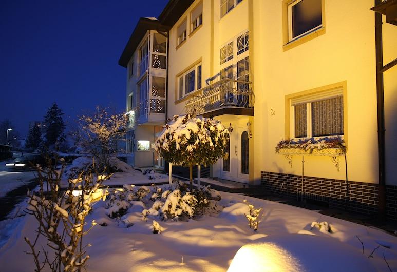 Hotel Anika, Neuenburg am Rhein, Hotellets front – kveld/natt