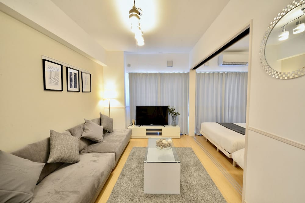 Family Suite, White Gray for 8 people - Room