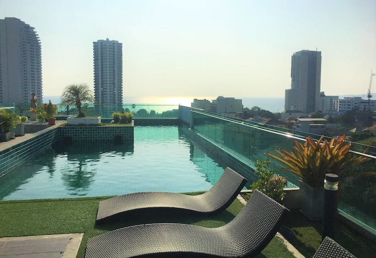 Fantastic Roof top Pool!, Pattaya