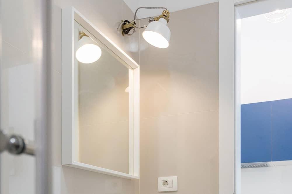 Studio (0 Bedroom) - Bathroom