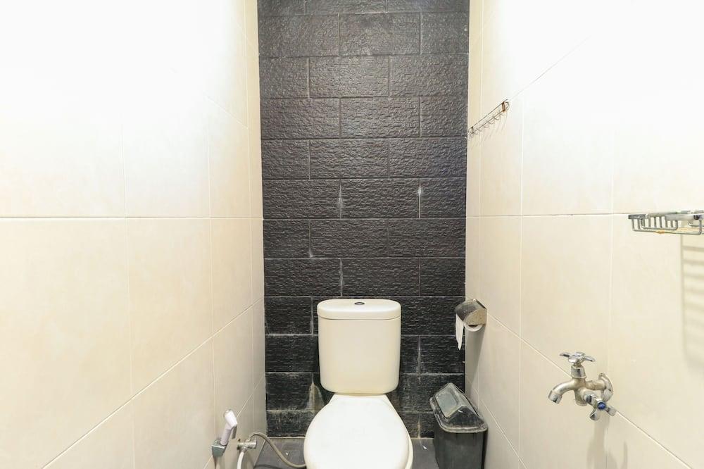 Dormitory 8 Beds - Bathroom