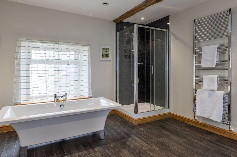Phòng Suite Executive - Phòng tắm