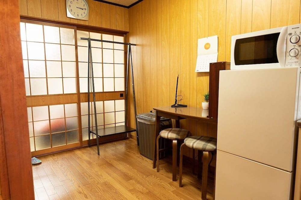 Osnovni apartman - Obroci u sobi