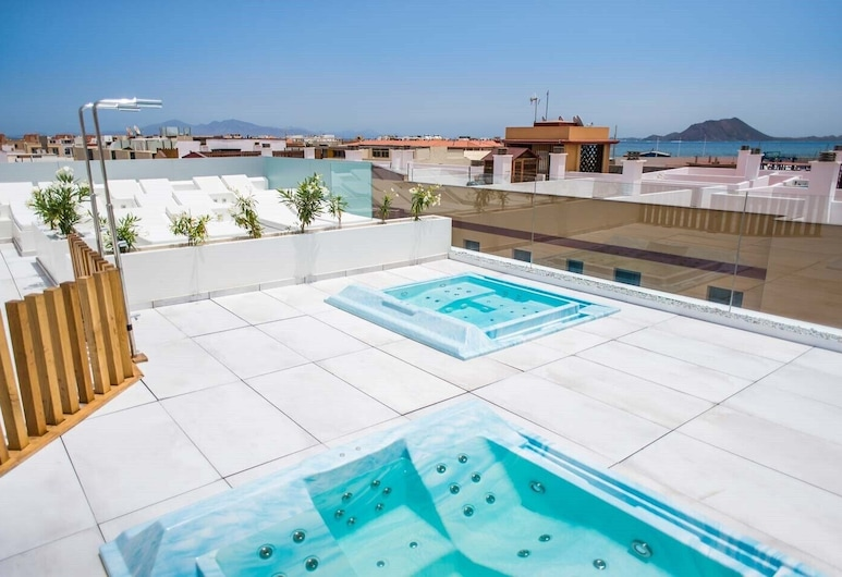 Hotel Vacanzy Urban Boutique - Adults Only, La Oliva, Utendørs spabad