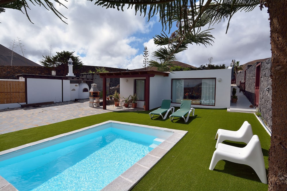 Villa Nélida