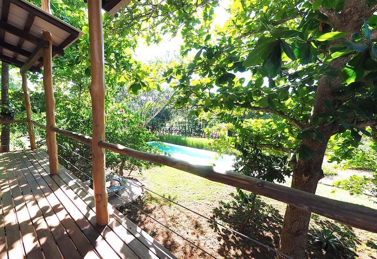 Casa Nico, Veintisiete de Abril, Pool