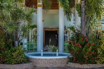 倫納威灣假日避風港度假村和宴會廳的圖片