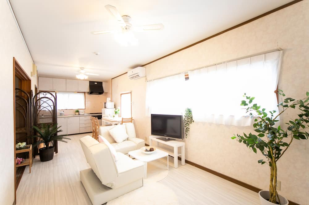 Awaji Seaside Resort in Gunge Part2 - Room