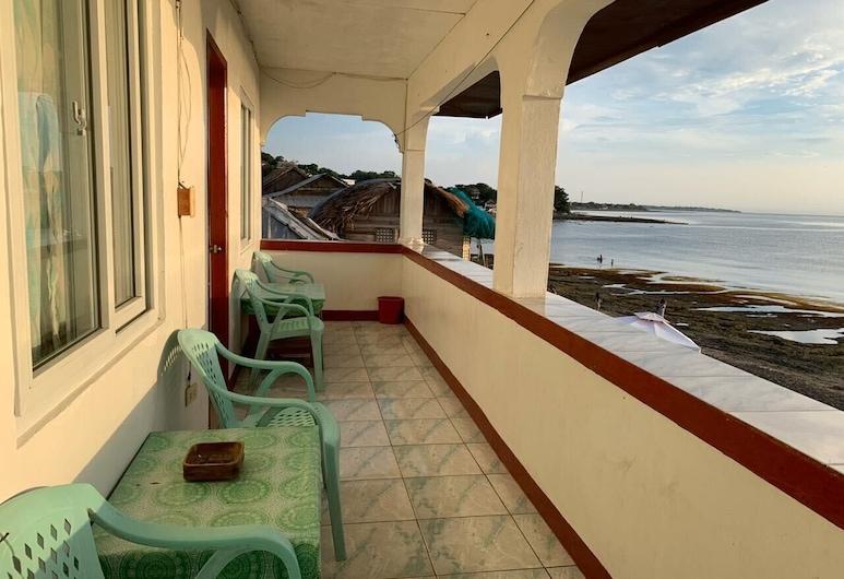موناليزا سيرف ريزورت, سان خوان, غرفة مزدوجة عادية - بمنظر للبحر, شُرفة