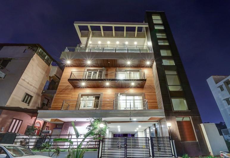 Treebo Trip Jade Blue Suites, Bengaluru, Hotel Front – Evening/Night