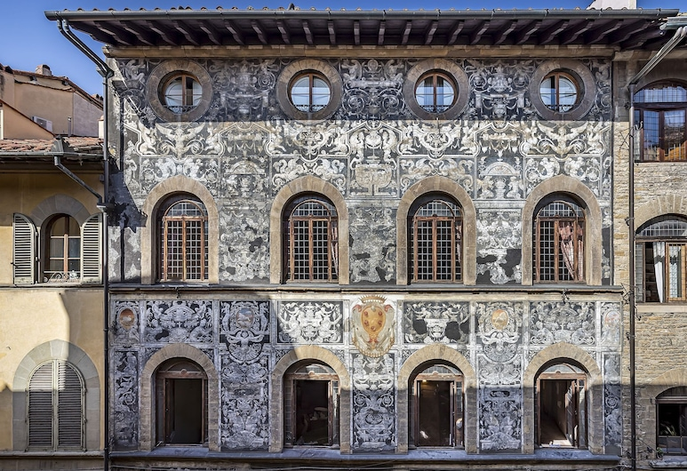 Palazzo Bianca Cappello, Florence, Hotel Front