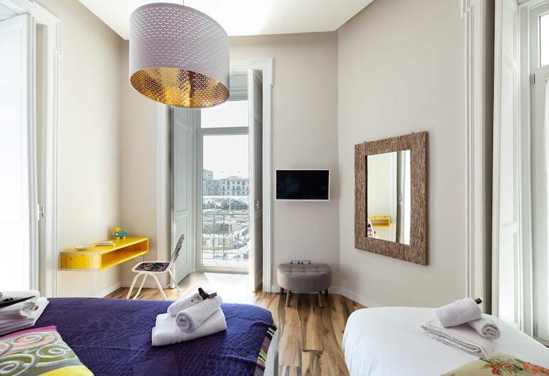 Citta' del sole, Naples, Trojlôžková izba typu Deluxe (Reginella), Hosťovská izba