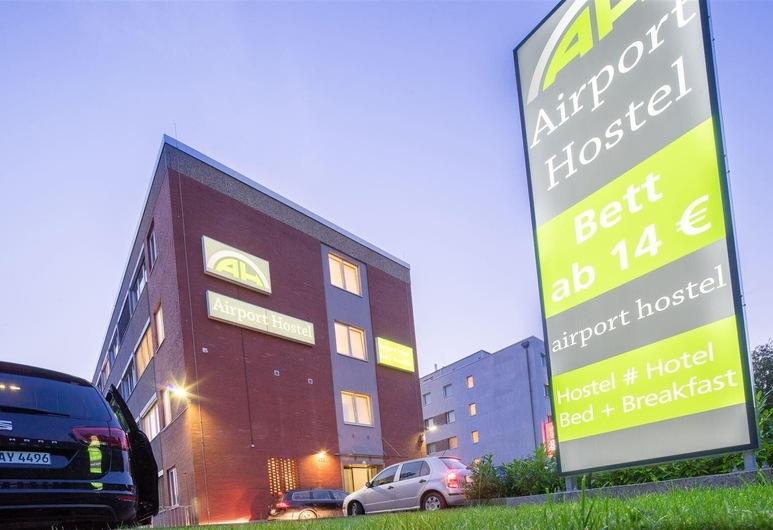 Airport Hostel, Hamburg, Hotel Front