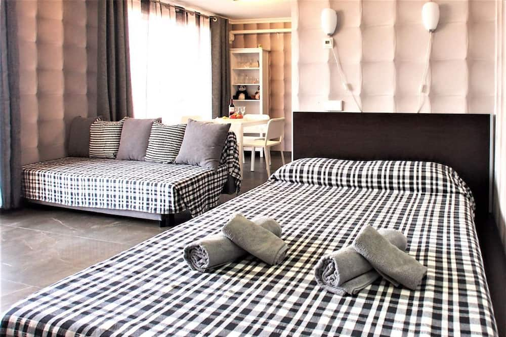 Studio, 1 Double Bed with Sofa bed, Terrace - Room