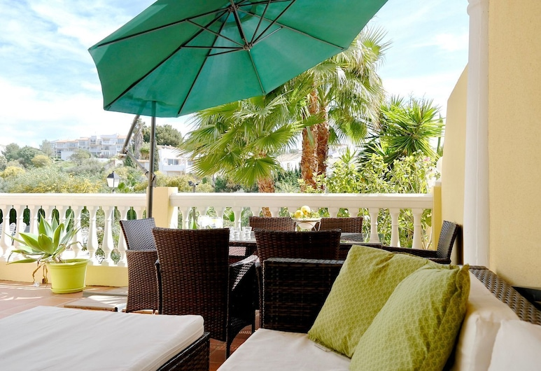 EL FARO VACATIONAL HOME WITH POOL, Mijas