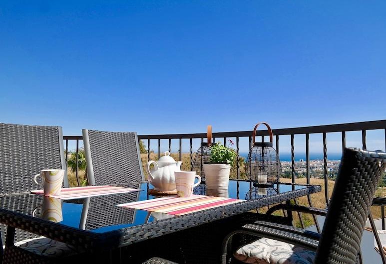 AMAZING VIEWS DUPLEX EL PORTON DE MIJAS, Mijas, Appartement Duplex, 2 chambres, terrasse, vue mer, Terrasse/Patio