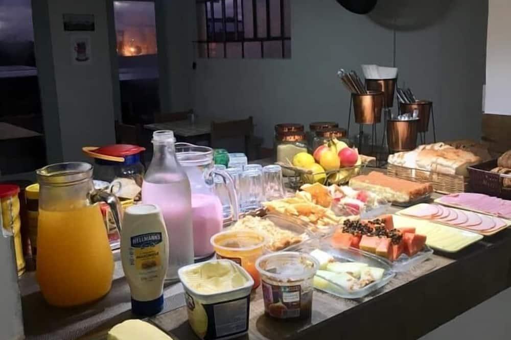 بوفيه إفطار