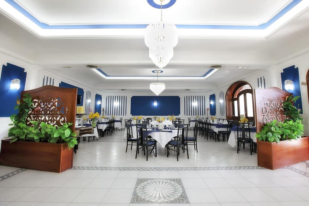 Reggeliző helyiség