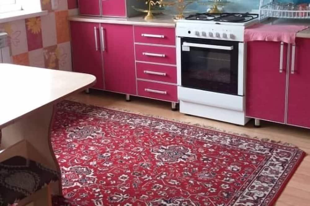 標準三人房 - 共用廚房
