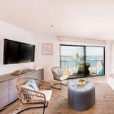 公寓客房, 多張床 (Blue Bird - Bay Front Home w Panorami) - 客廳