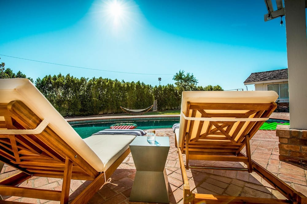 Dom, Wiele łóżek (Agave - Expansive Resort Style Estate) - Balkon