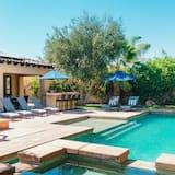 Ferienhaus, Mehrere Betten (Silverado | Spanish Style Private Vil) - Pool